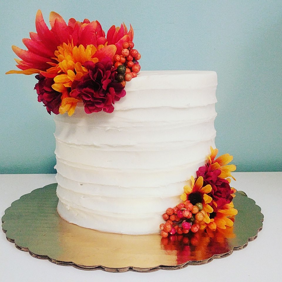 And I love this simple, stunning cake they made.