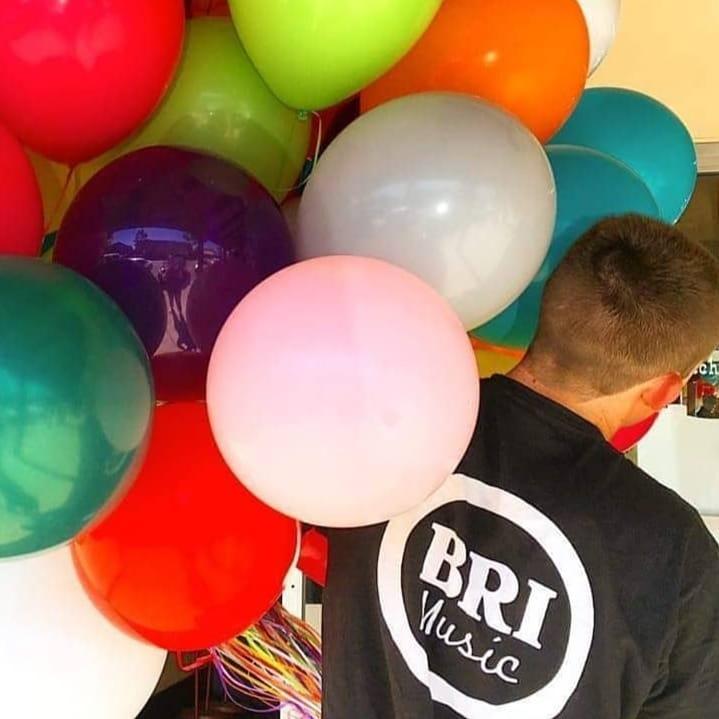 jake balloons.jpg