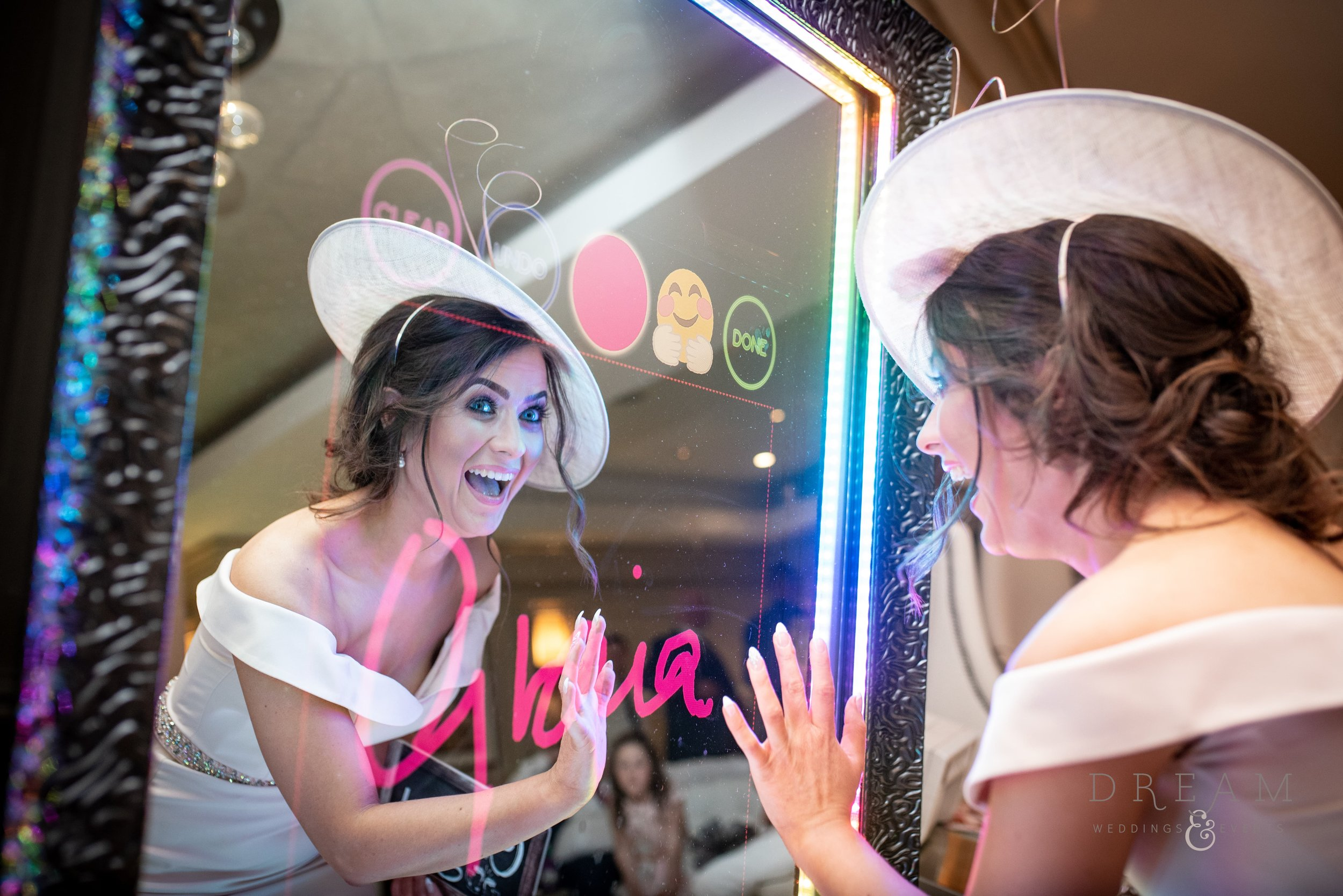 Magic Mirror Photo Booth Hire Nottingham, derby, Leicester, East Midlands