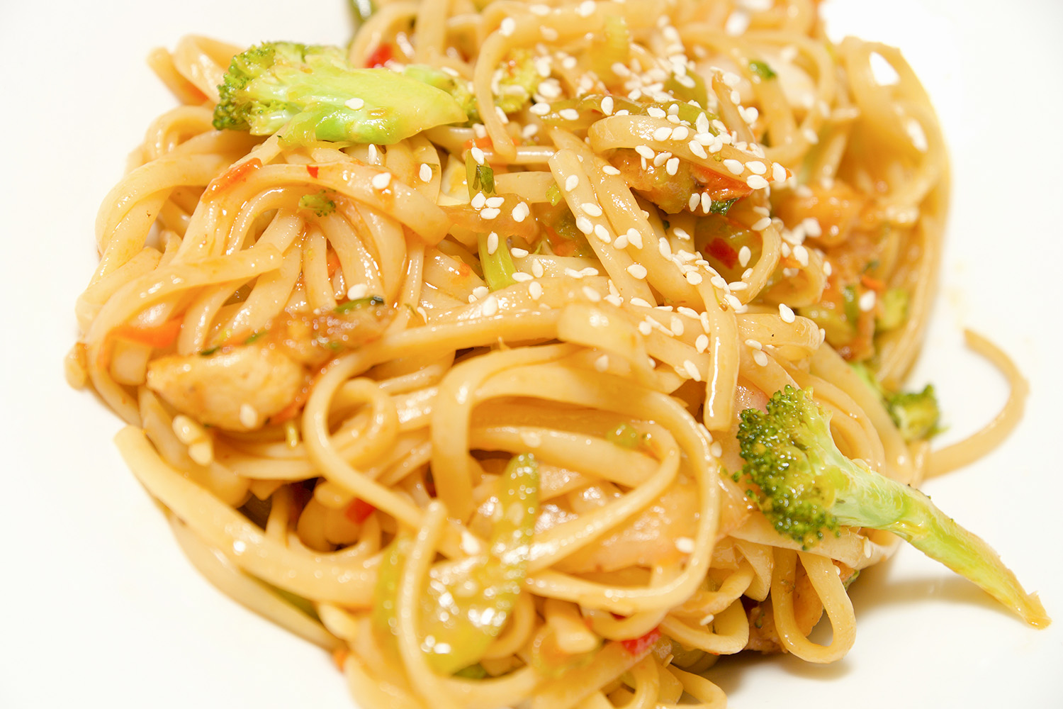 Lock AND Dam Eatery Pasta Stir Fry.jpg