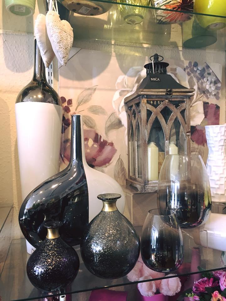 Vase and Lantern Gifts