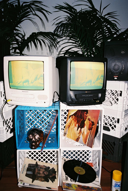 DJ TRIBUTE ALTAR