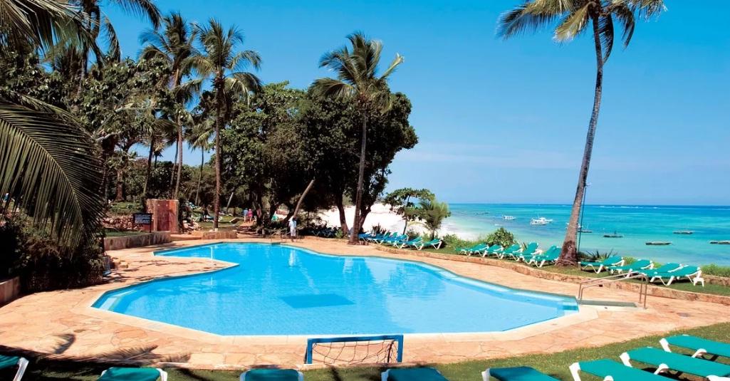 baobab_beach_resort_kenya