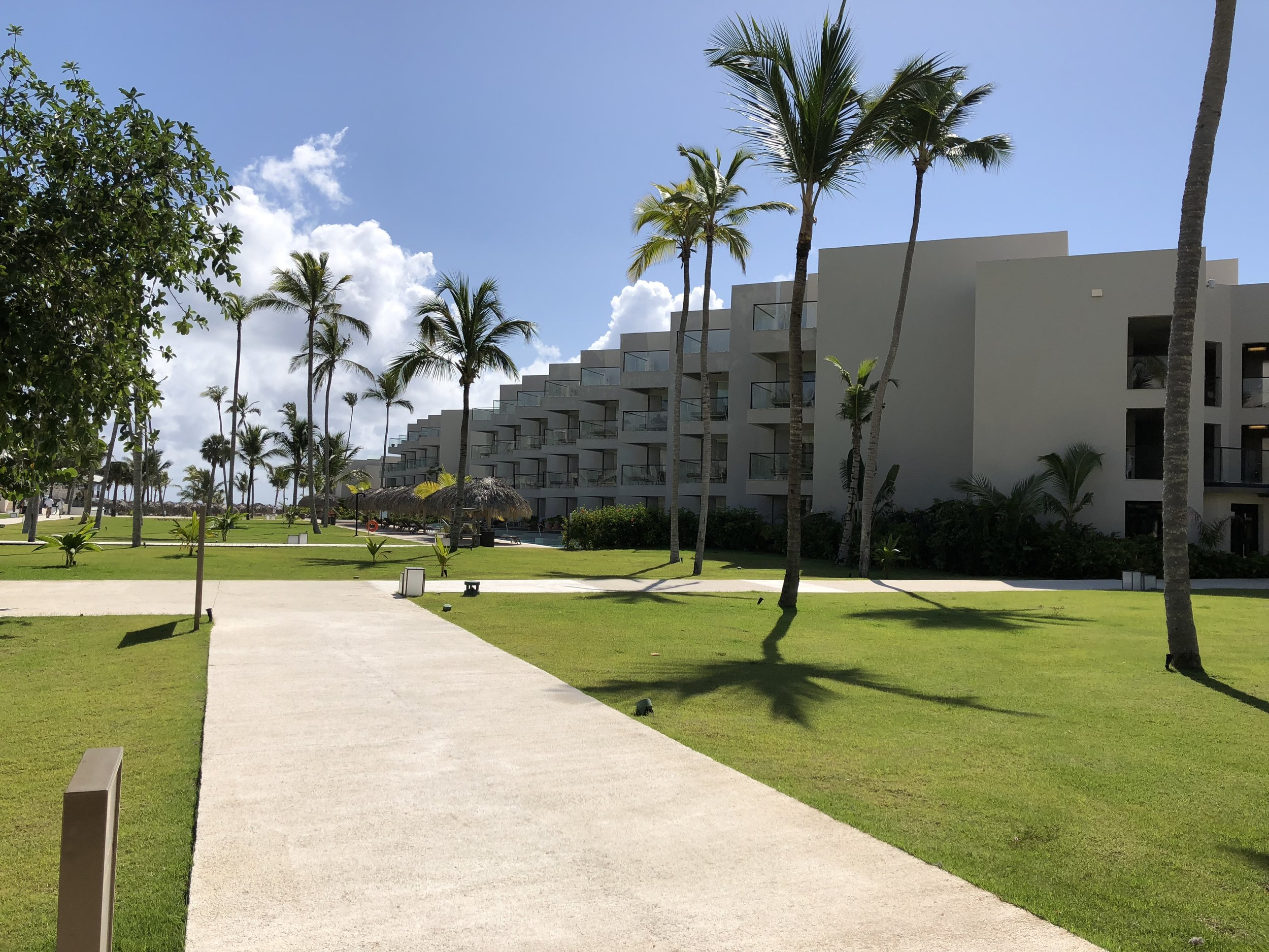 The rooms on the right side of the resort.