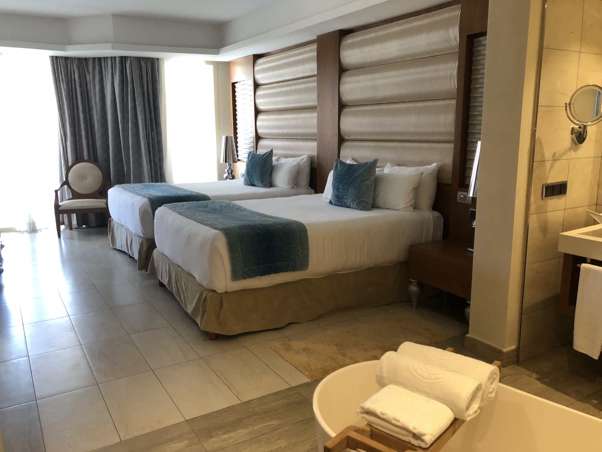 Room Type: One Bedroom Suite with outdoor Jacuzzi.  Gorgeous, spacious room fit for any occasion.