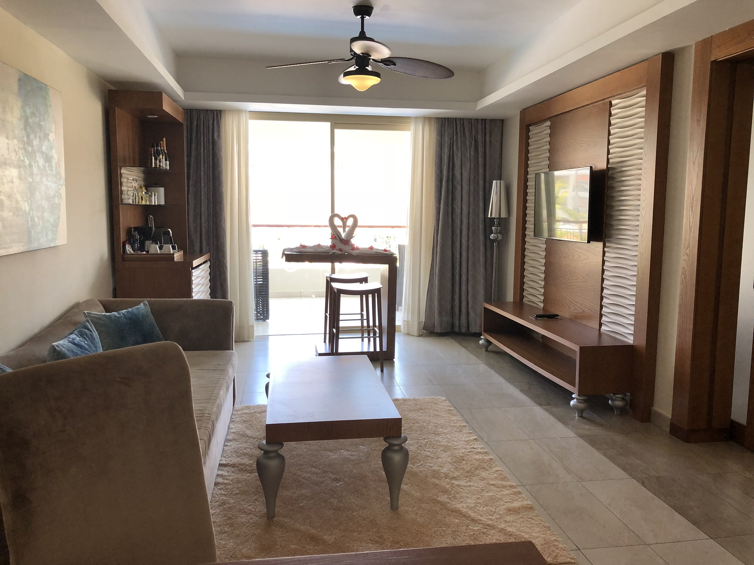 Room Type: One Bedroom Suite with outdoor Jacuzzi.  Part two of your suite.
