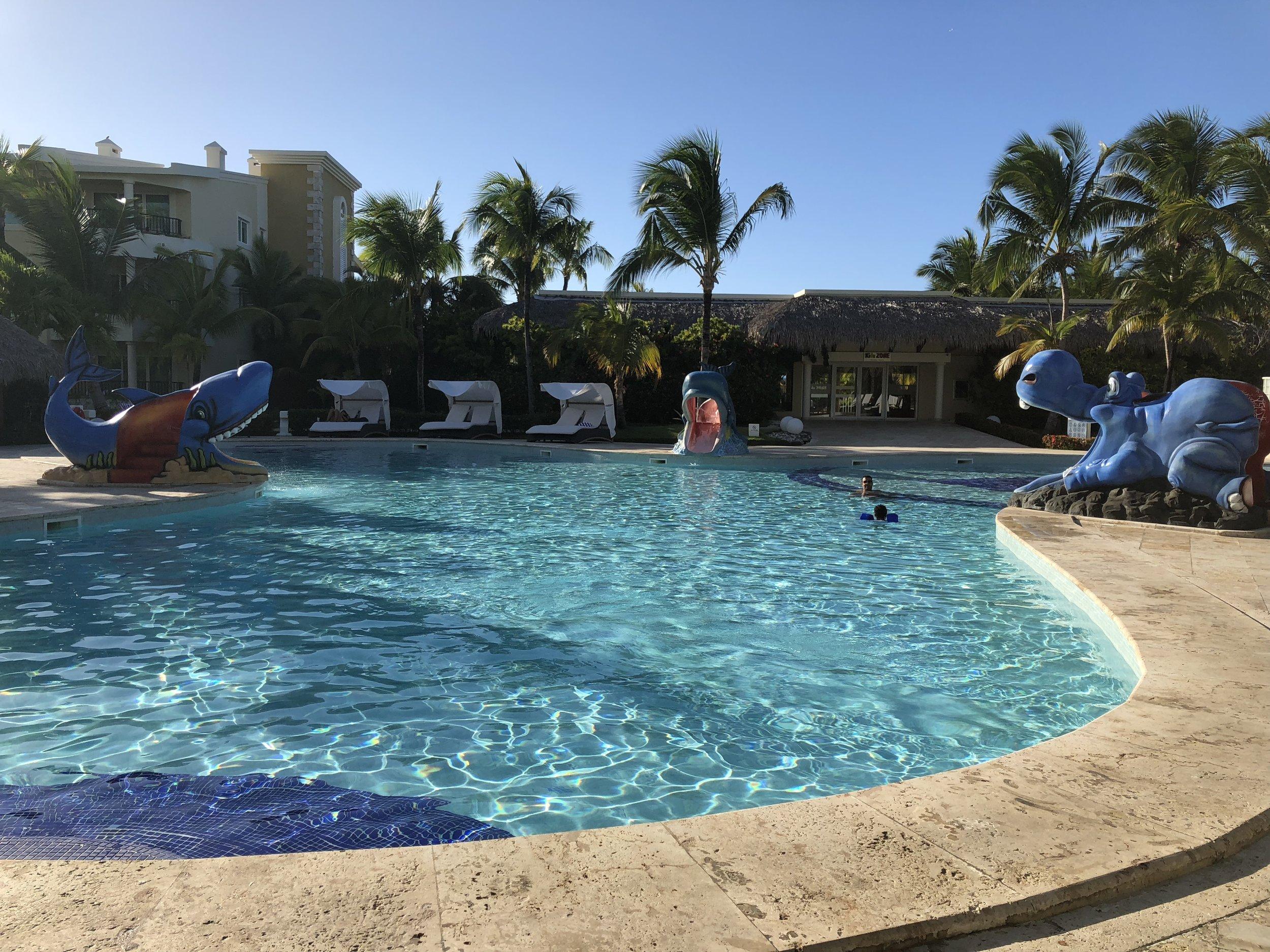 Kids pool, complete with mini waterslides.