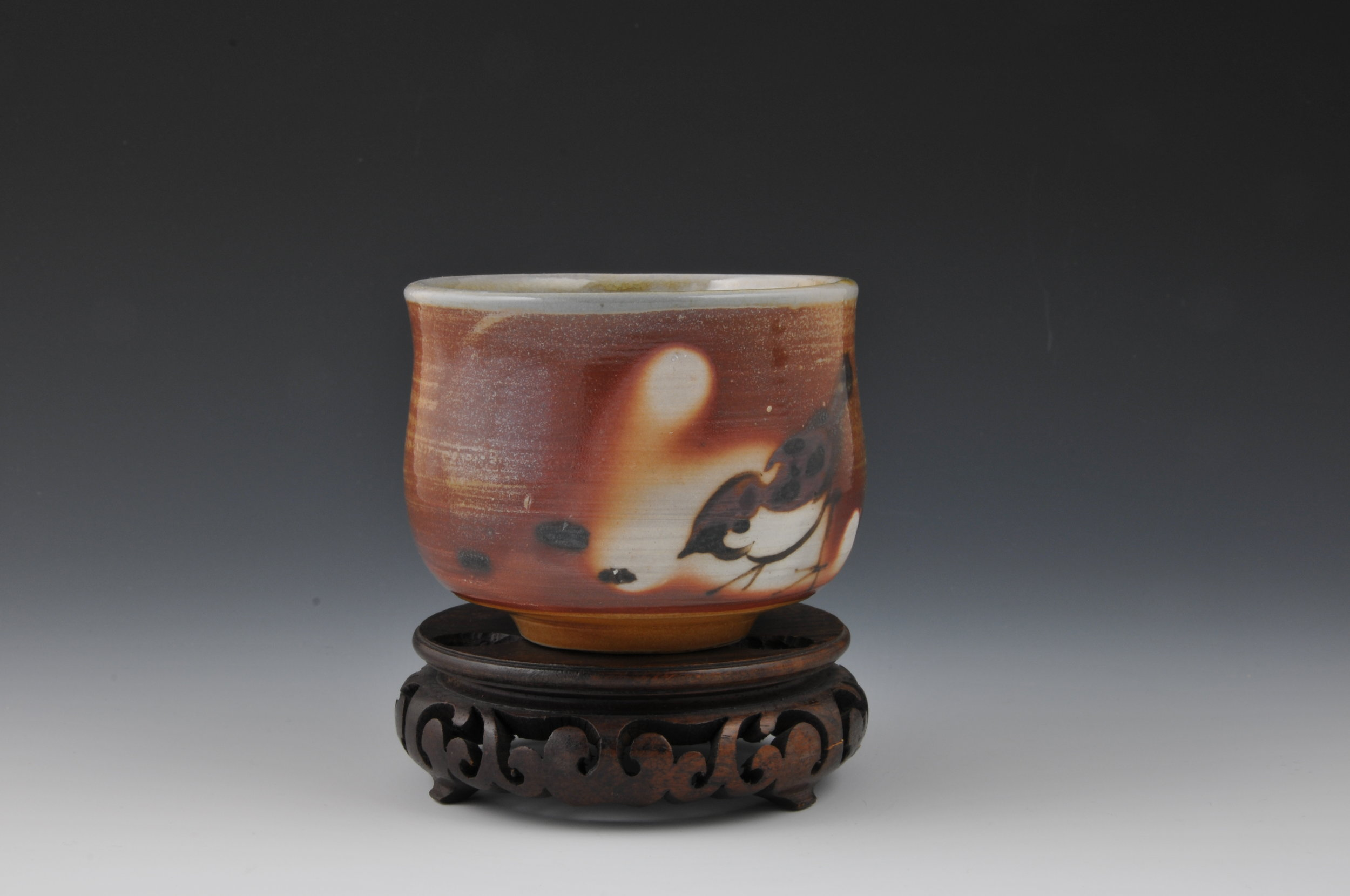 FRASER VALLEY POTTERS GUILD   ESTABLISHED IN 1975, MEMBERSHIP IS OPEN TO AND ENCOURAGED FOR ALL LEVELS OF POTTERS INCLUDING HOBBYISTS, STUDENTS, PROFESSIONAL POTTERS, AND CERAMICS INSTRUCTORS.   VIEW OUR WORK