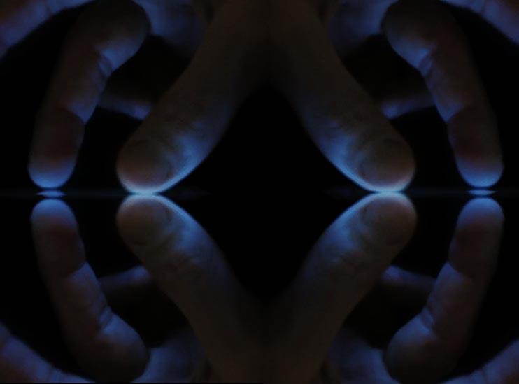 Screentouchscreentouchscreen, Digital video and audio, 2014