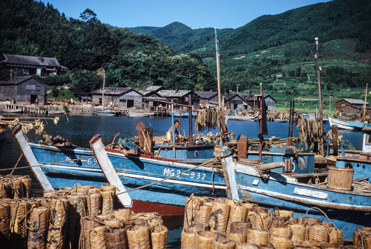 95 Boats & Straw Baskets in Harbor
