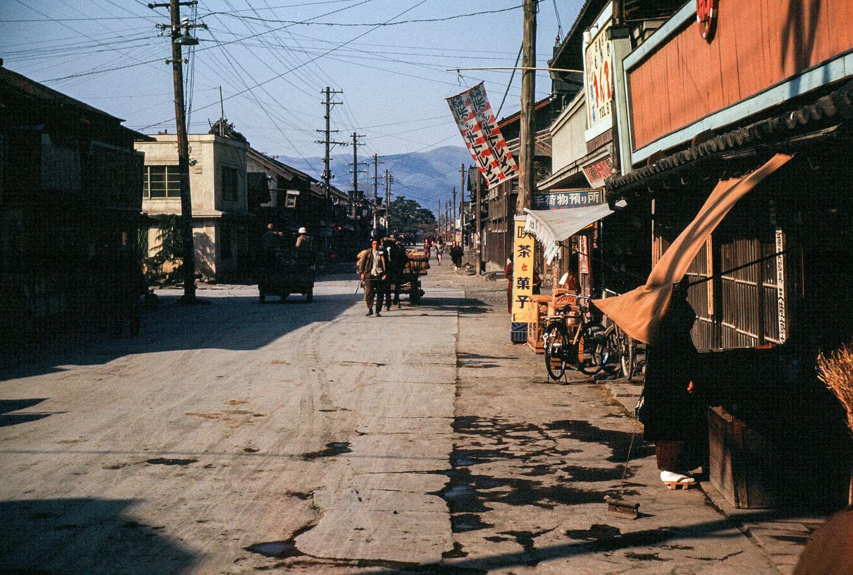 355-Street Scene