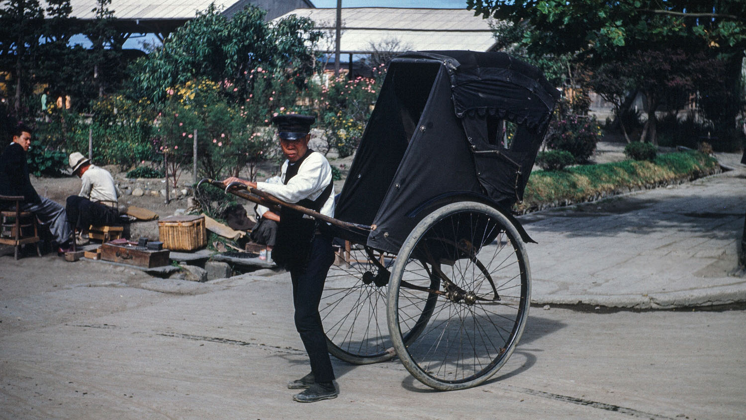 387-Man with Pedicab