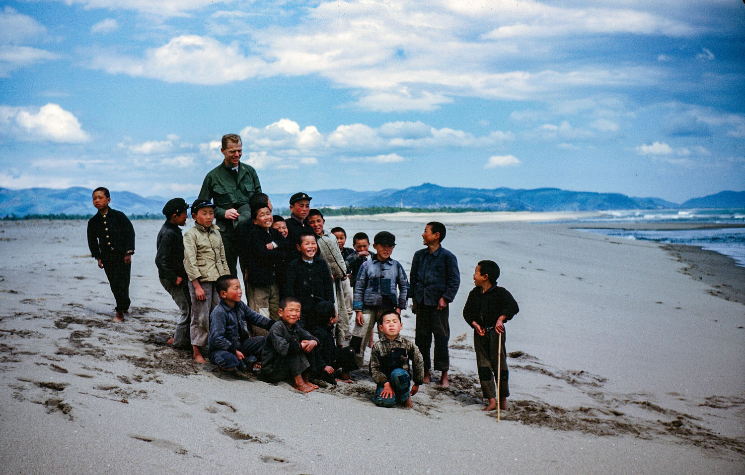 449-GI with Children on Beach