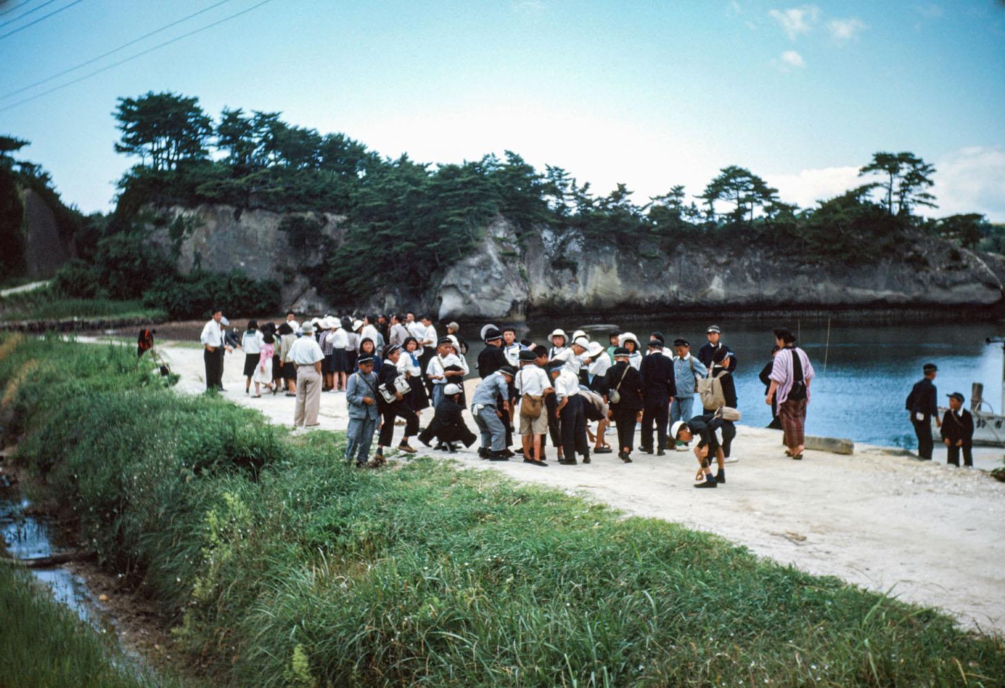 482-Children on Waterfront