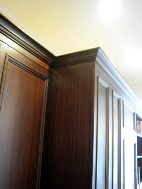 stained-quarter-sawn-sapelle-kitchen-cabinets-with-crown-moulding-13.jpg