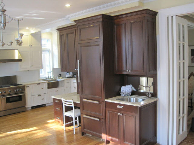 white-lacquered-maple-and-stained-quarter-sawn-sapelle-kitchen-1.jpg