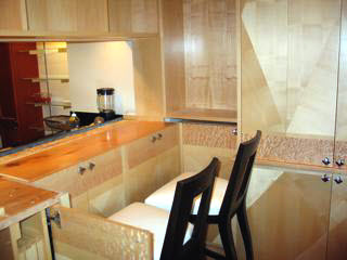 kitchen-with-diamond-pattern-quarter-sawn-hard-maple-veneer-2.jpg