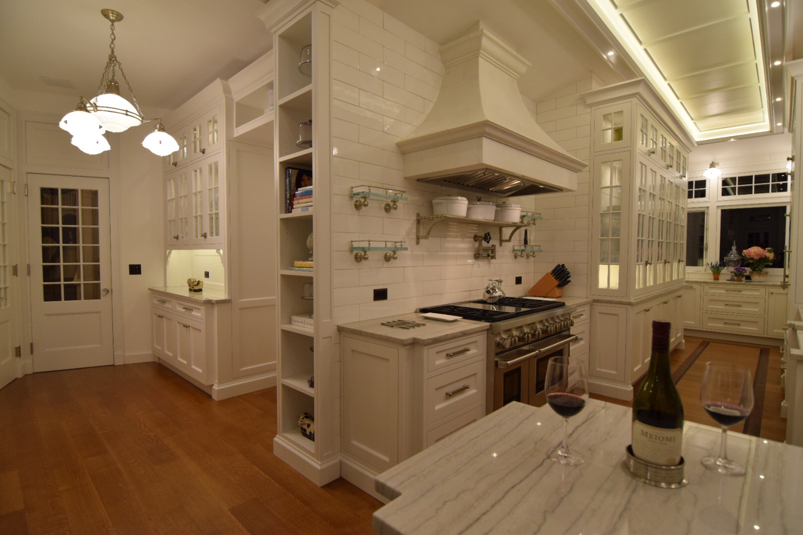 traditional-custom-kitchen-with-face-frame-inset-cabinets-and-1890s-style-custom-architectural-doors-in-white-polyurethane-finish.jpg