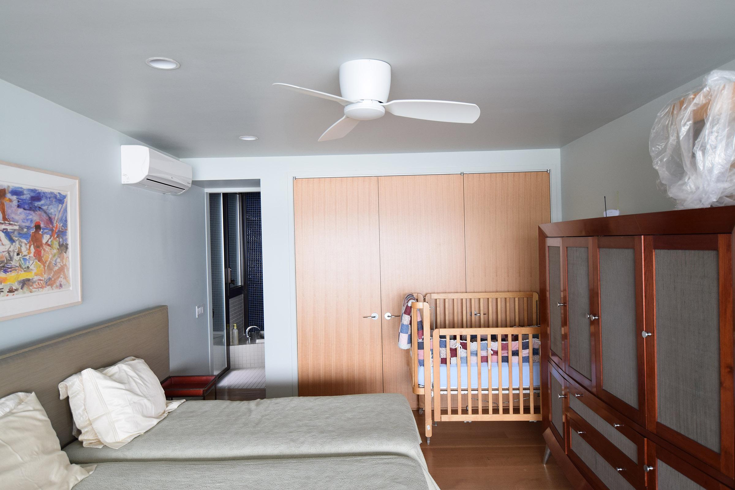 Rift Anigre Custom Bedroom Closet