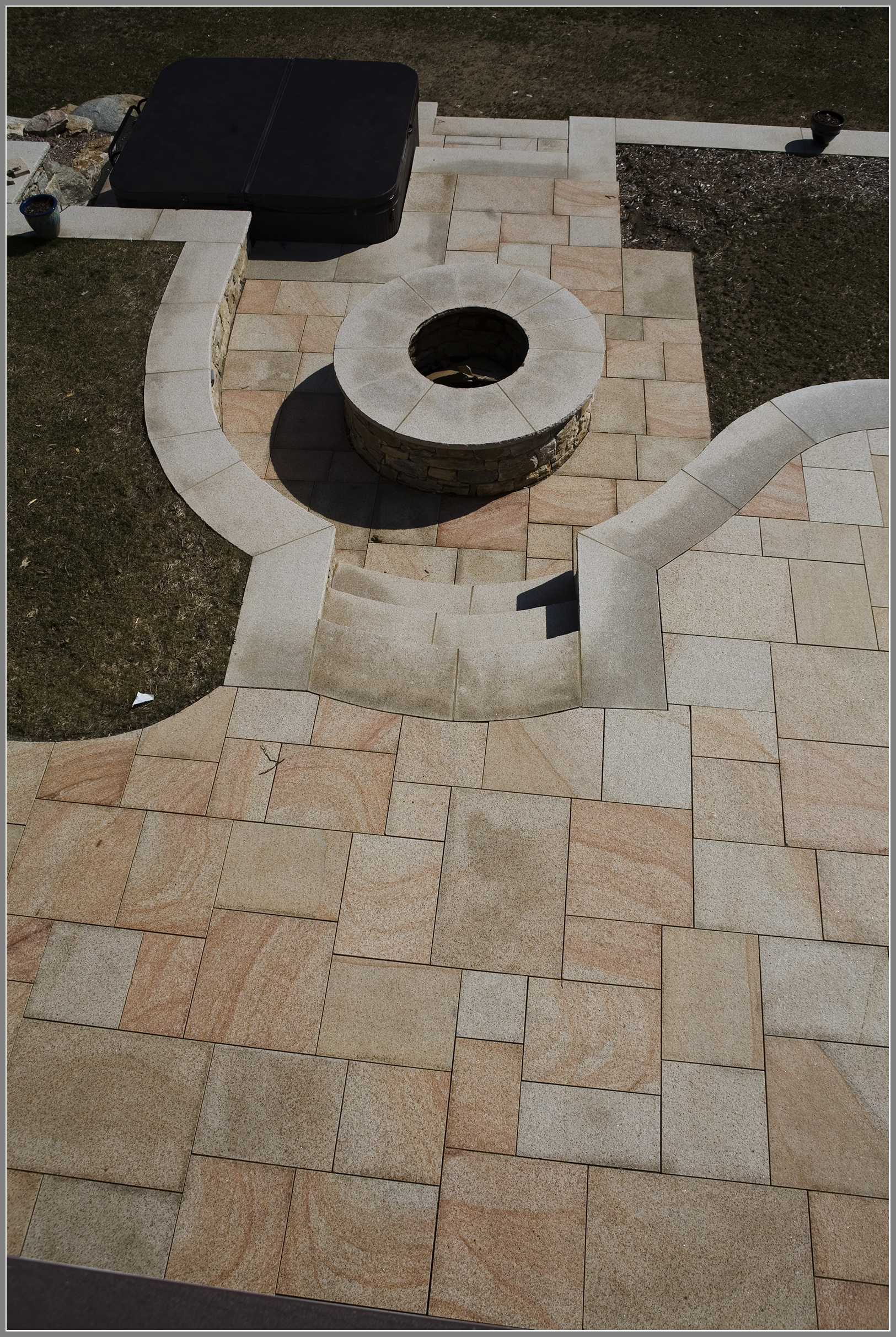granite fire pit by Artistic Outdoors