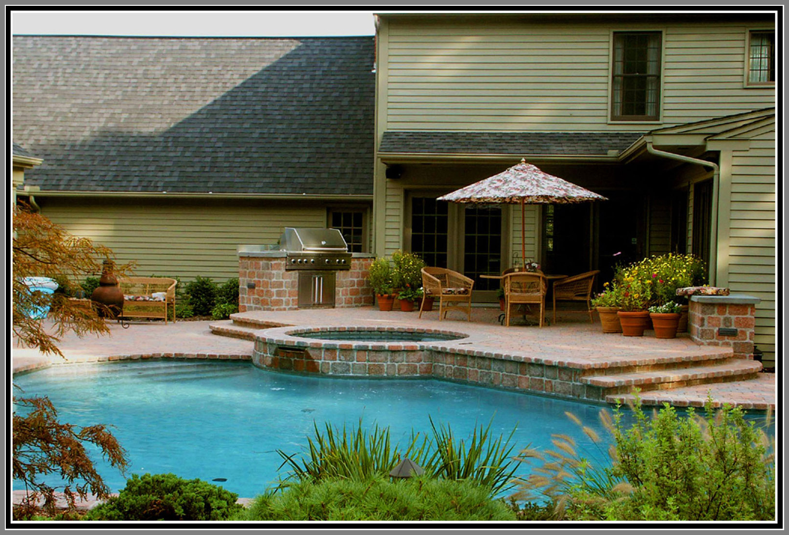 Concrete Paver pool deck and bond beam