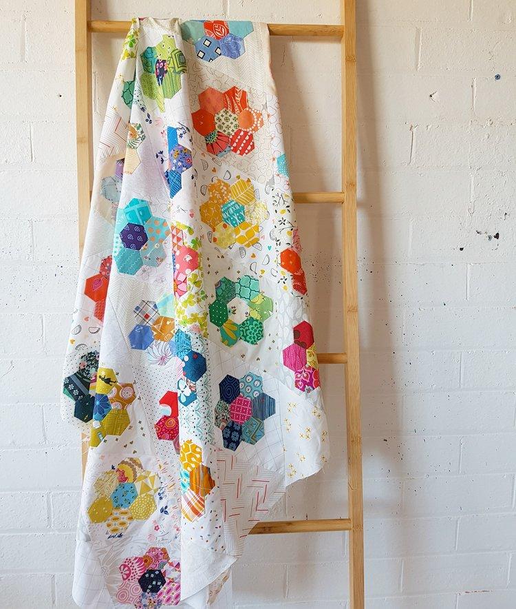 Jodi's Kingfisher quilt in process