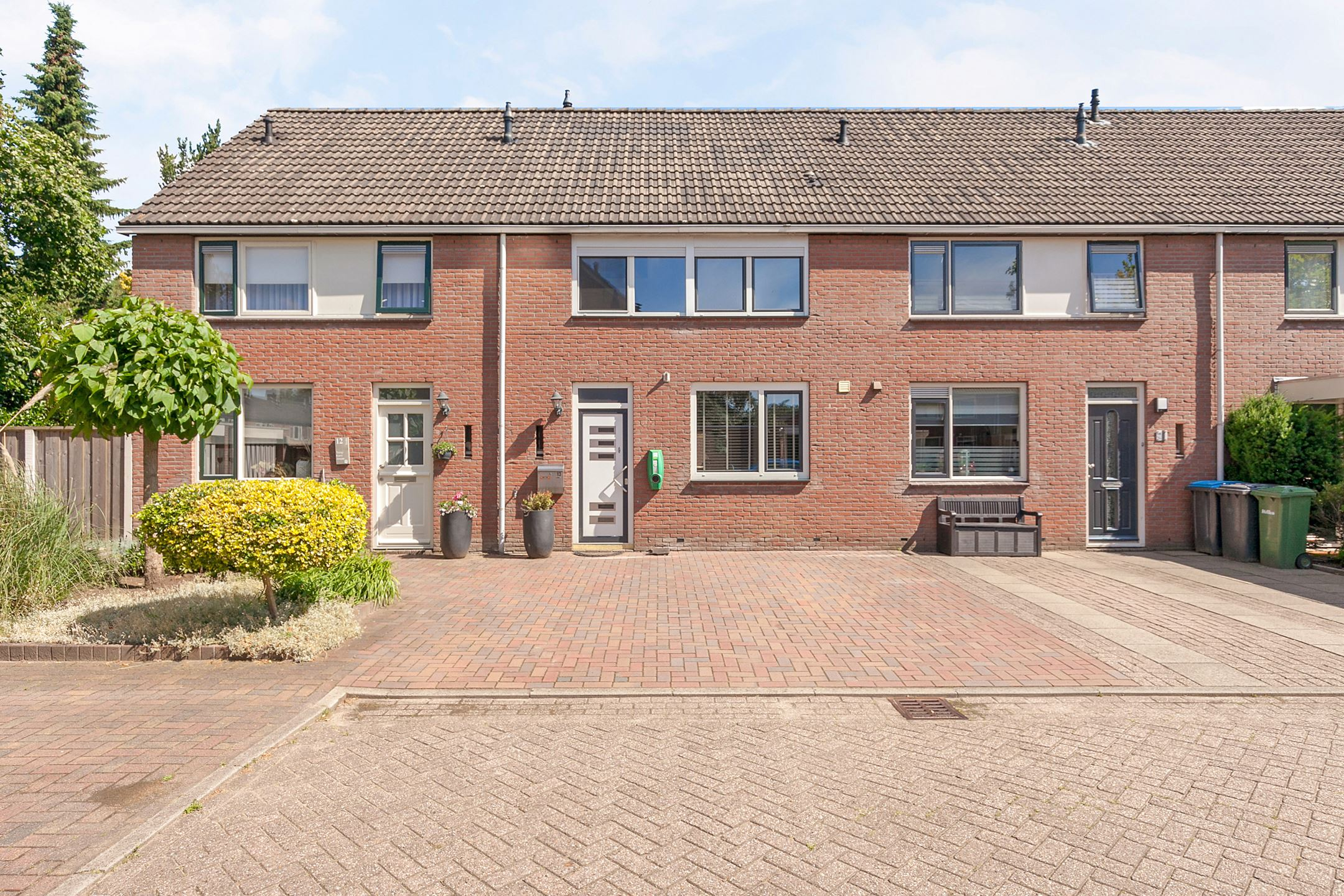 a typical dutch townhouse, which we might buy!