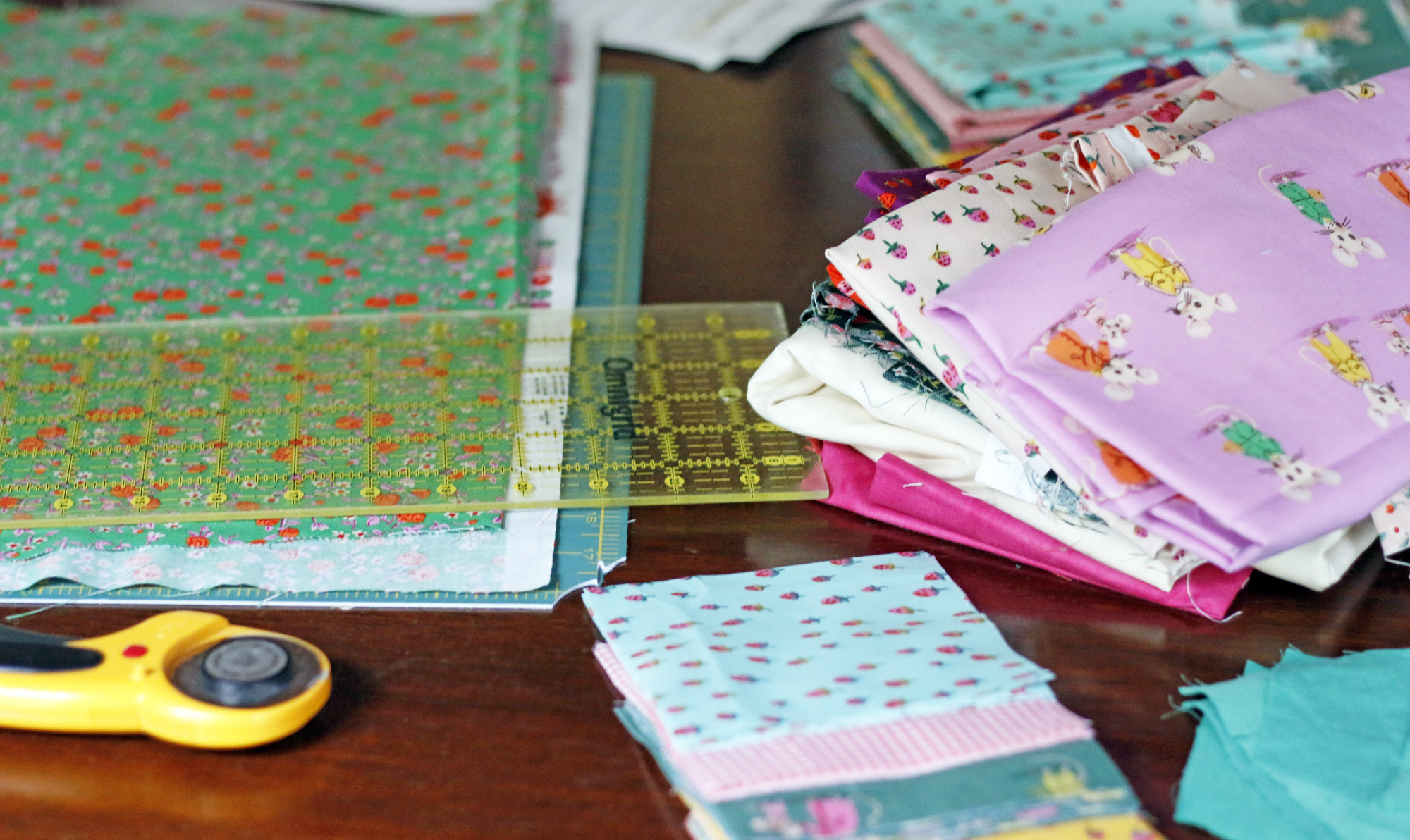 Trixie fabrics cutting. Stitched in Color.jpg
