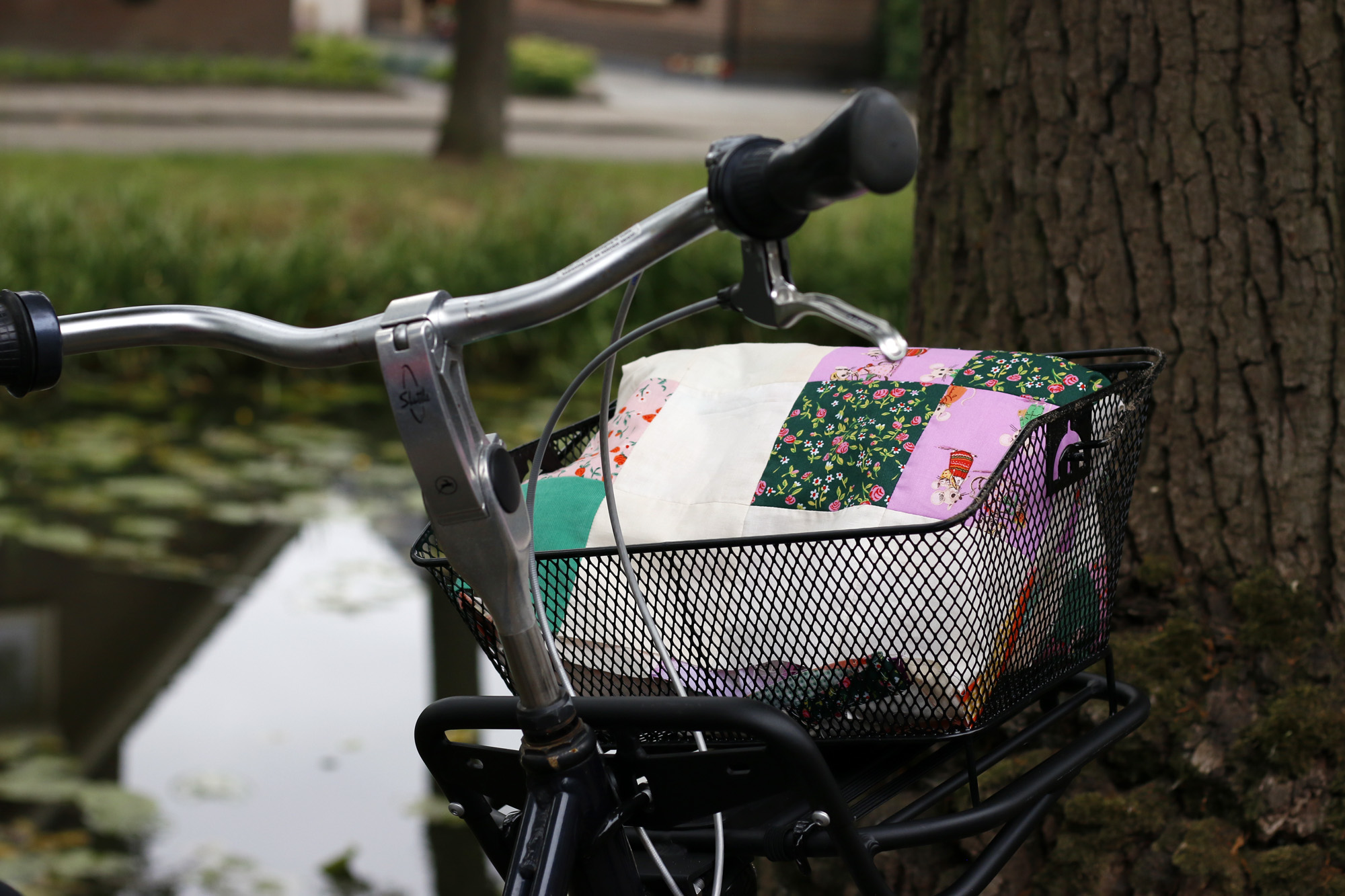 basket of quilt. Stitched in Color.jpg