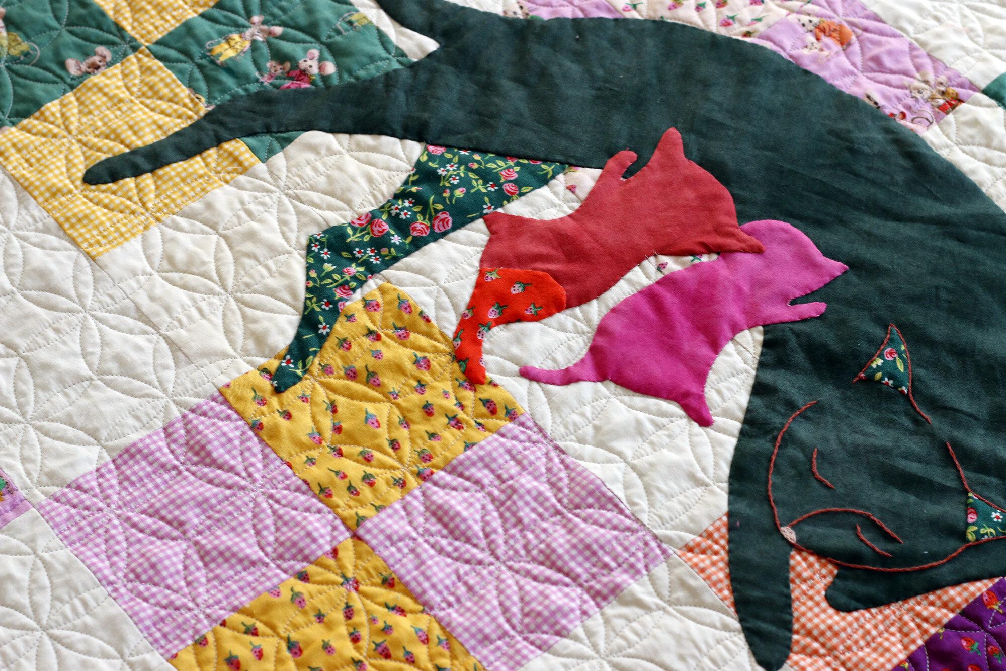 Applique cat quilt. Stitched in Color.jpg