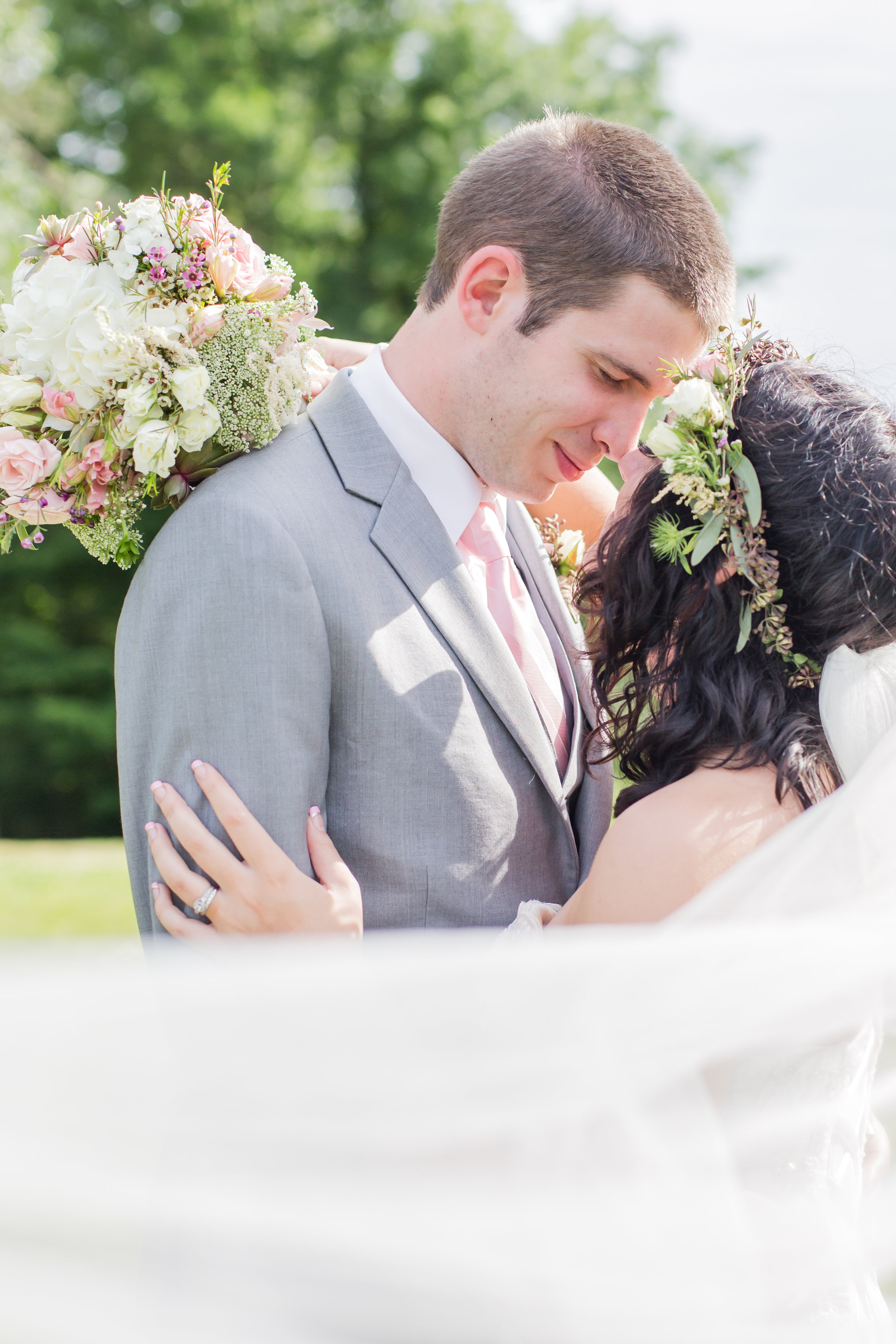 connecticut-wedding-newlywed-portraits-wickham-park-107.jpg