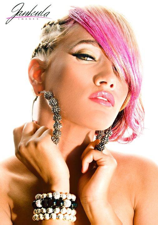 poparazzi-earrings-4.jpg