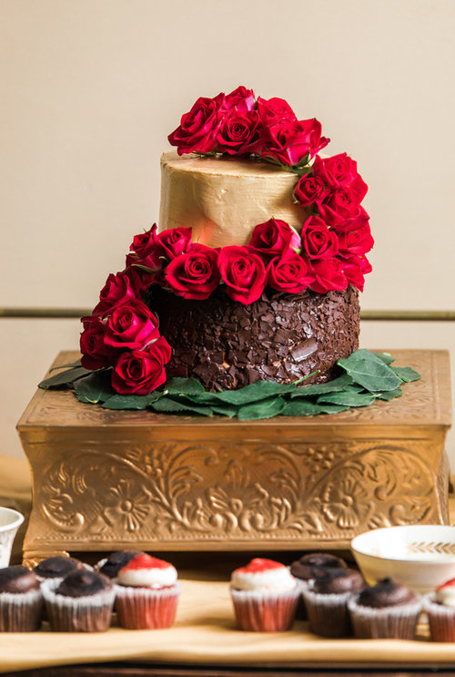 Beauty and the Beast Wedding Cake - Be Our Guest: 47 Enchanting Beauty and the Beast Themed Wedding Ideas