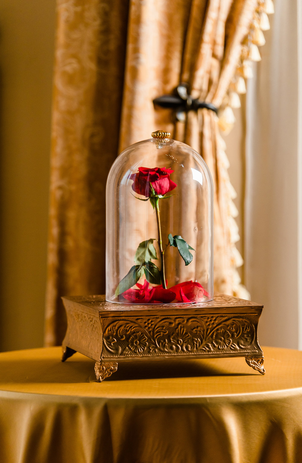 Beauty and the Beast Wedding Be Our Guest: 47 Enchanting Beauty and the Beast Themed Wedding Ideas