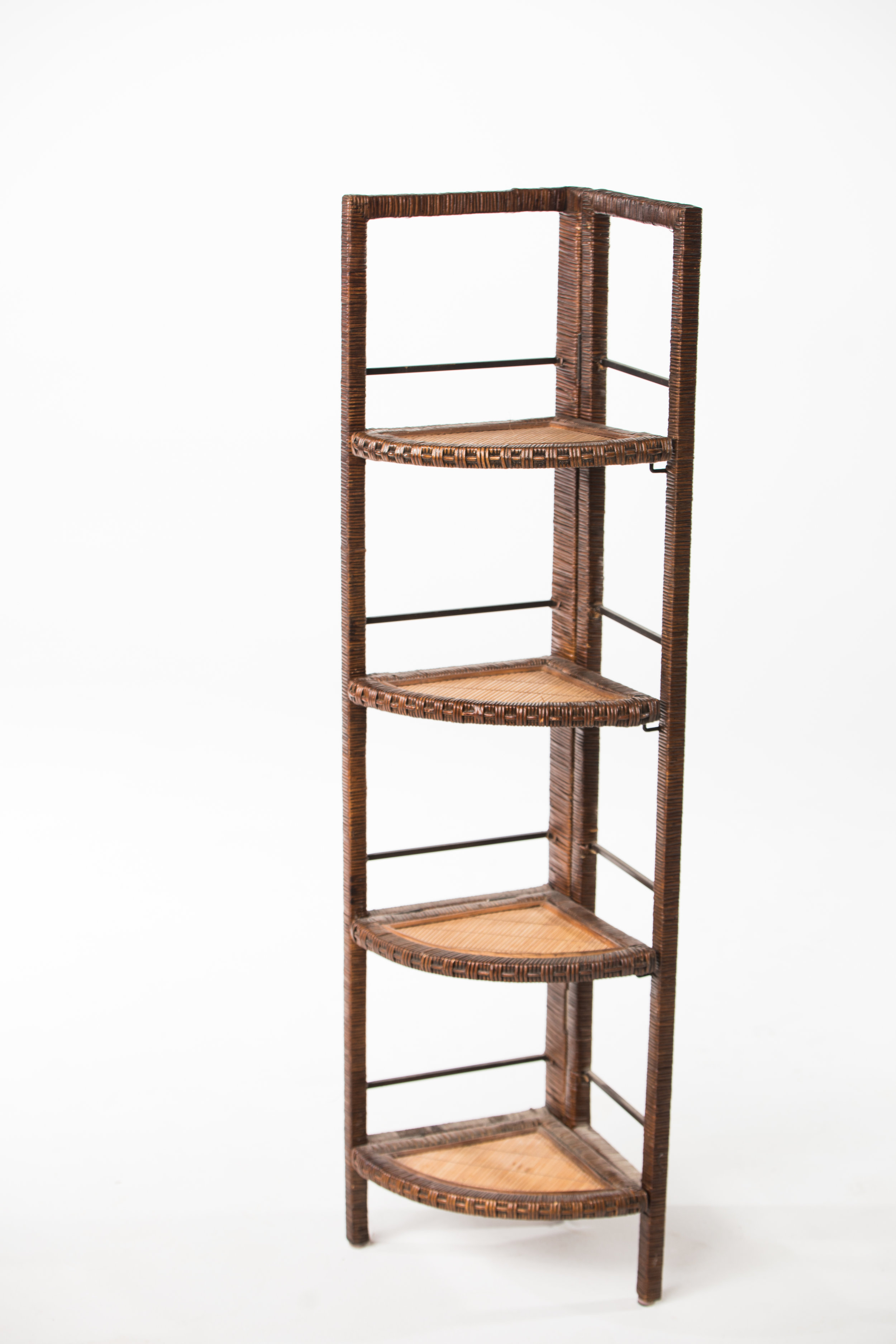 WICKER CORNER SHELVING