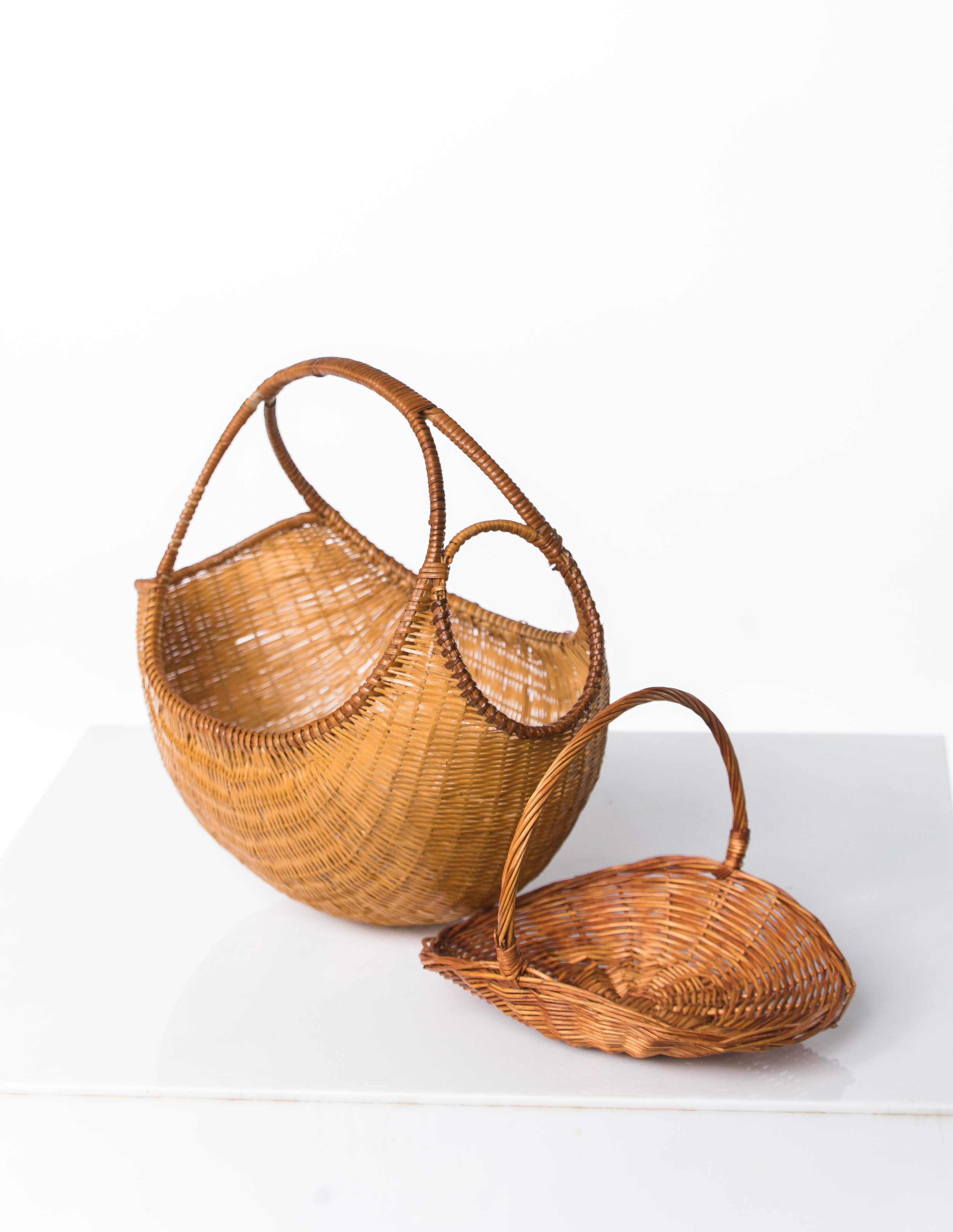 WOVEN FLORAL BASKETS