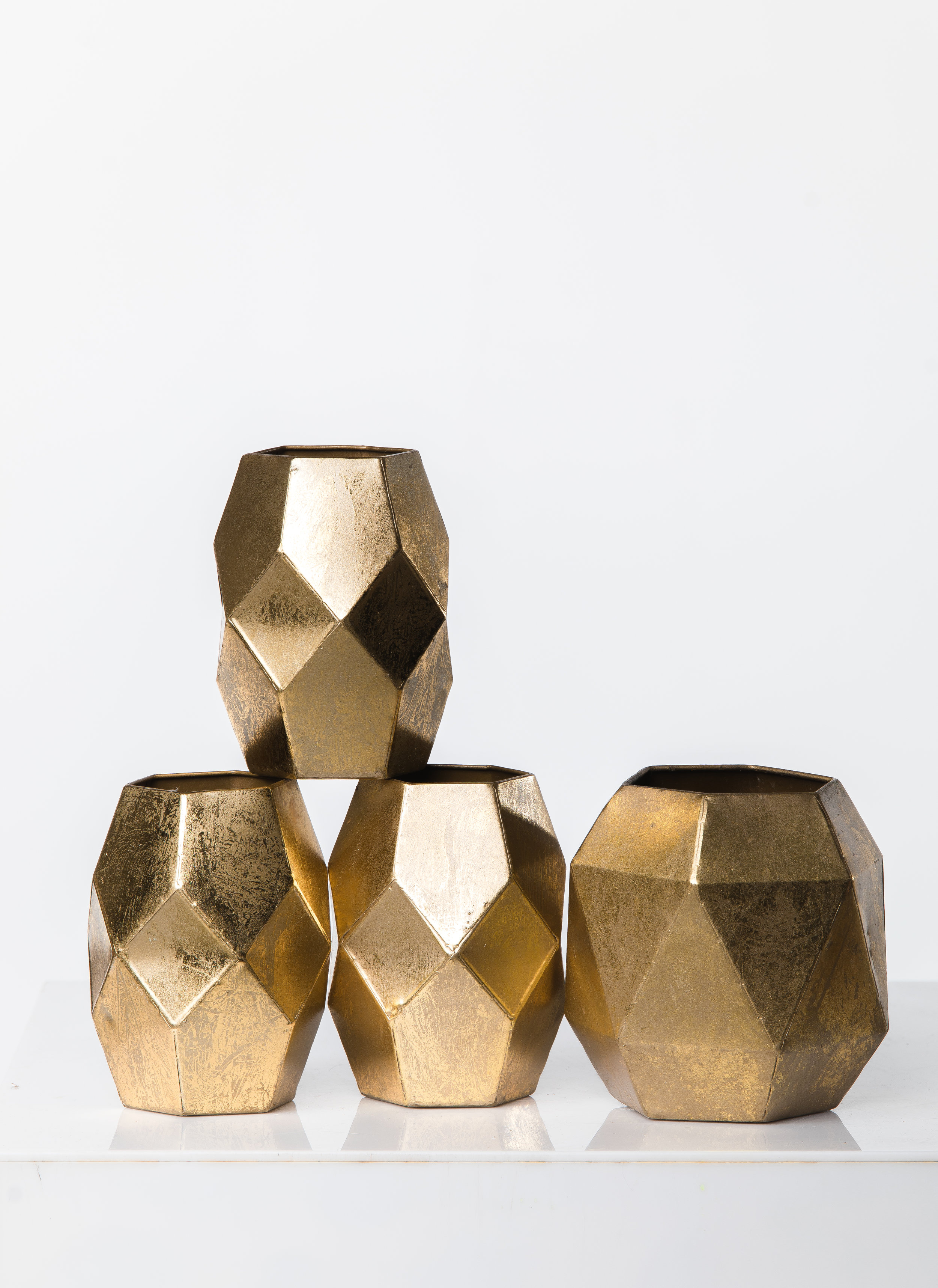 GEOMETRIC GOLD VASES