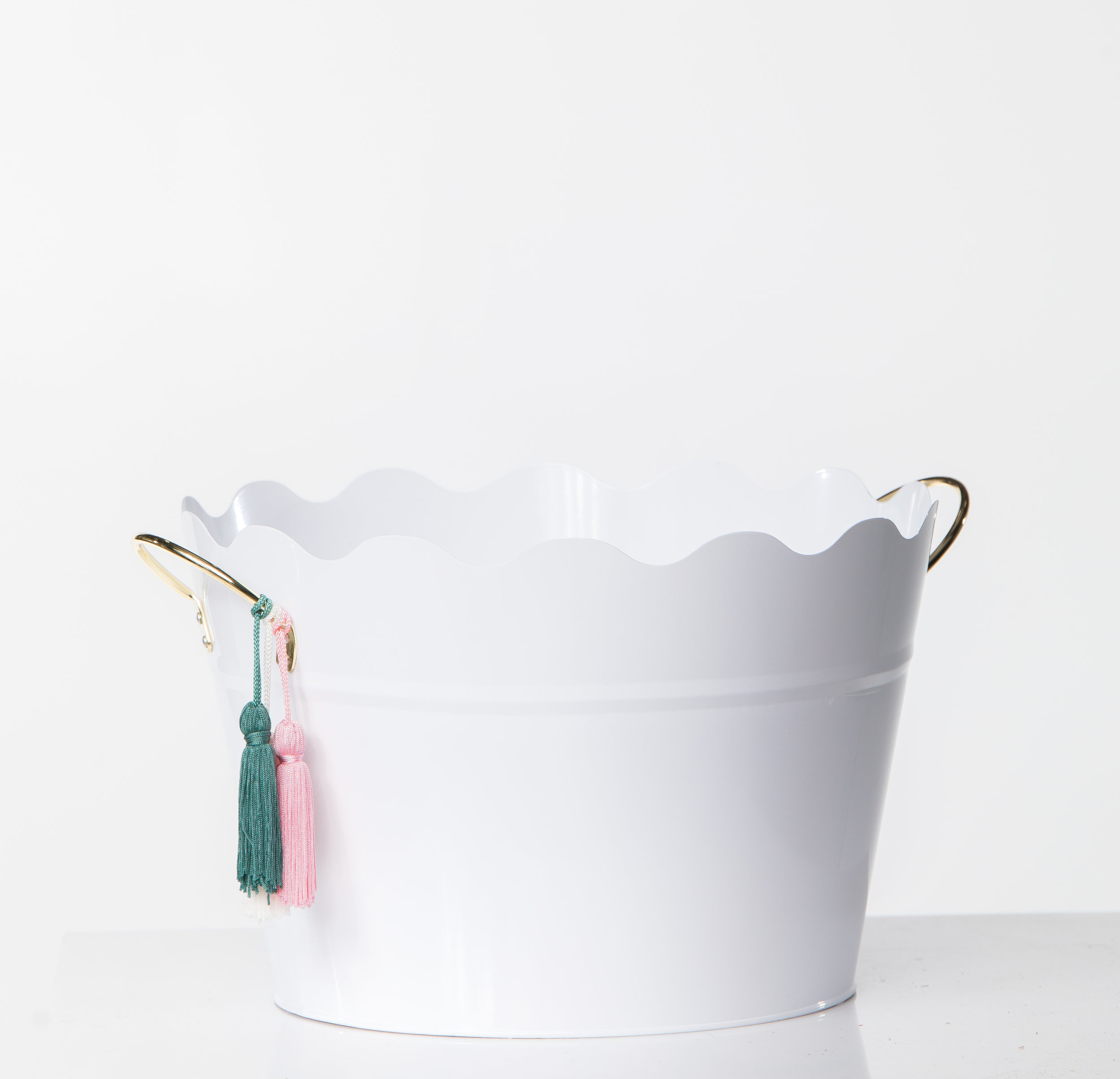 WHITE TASSLE METAL BUCKETS
