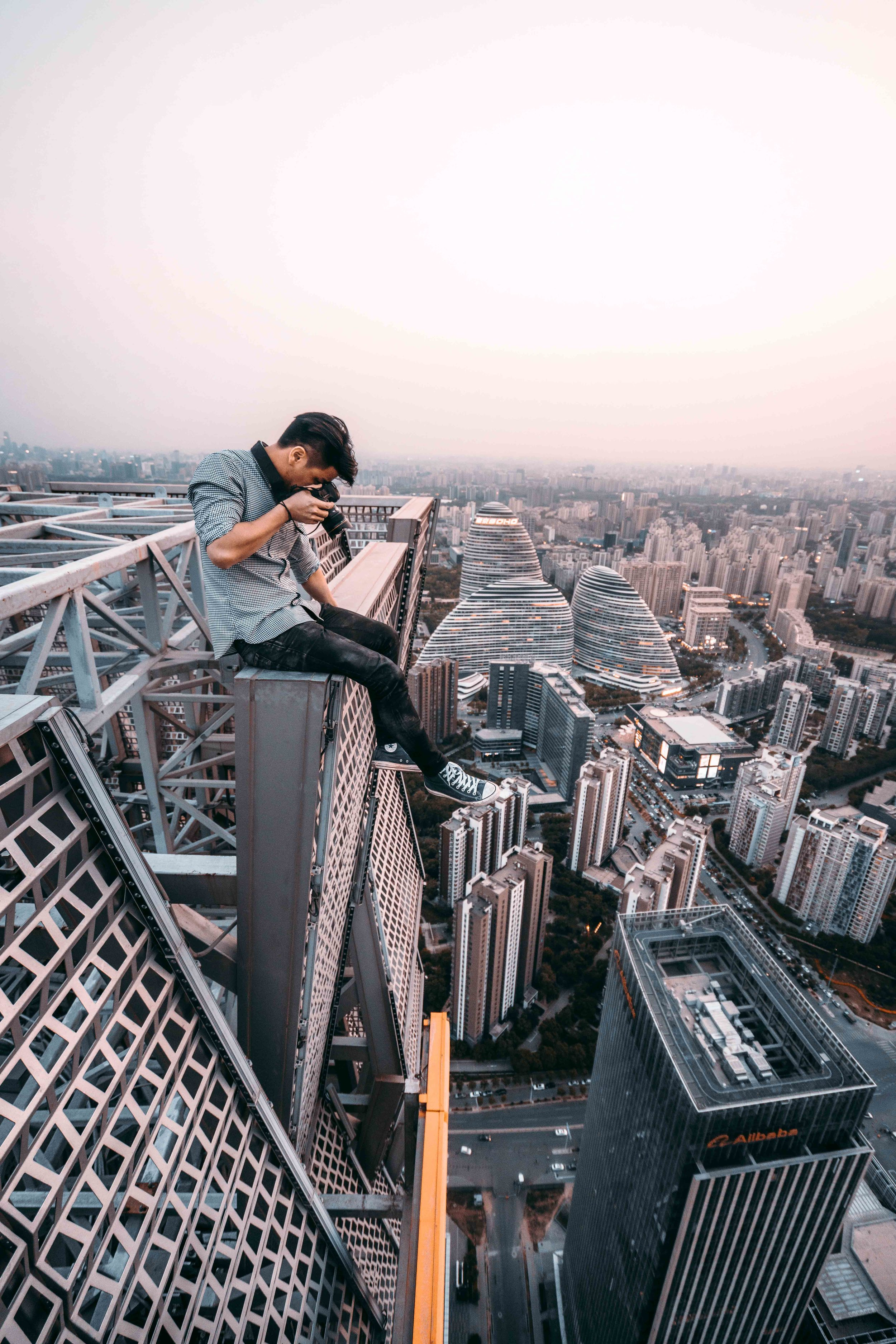 rooftopping-beijing-get-some-fresh-air.jpg