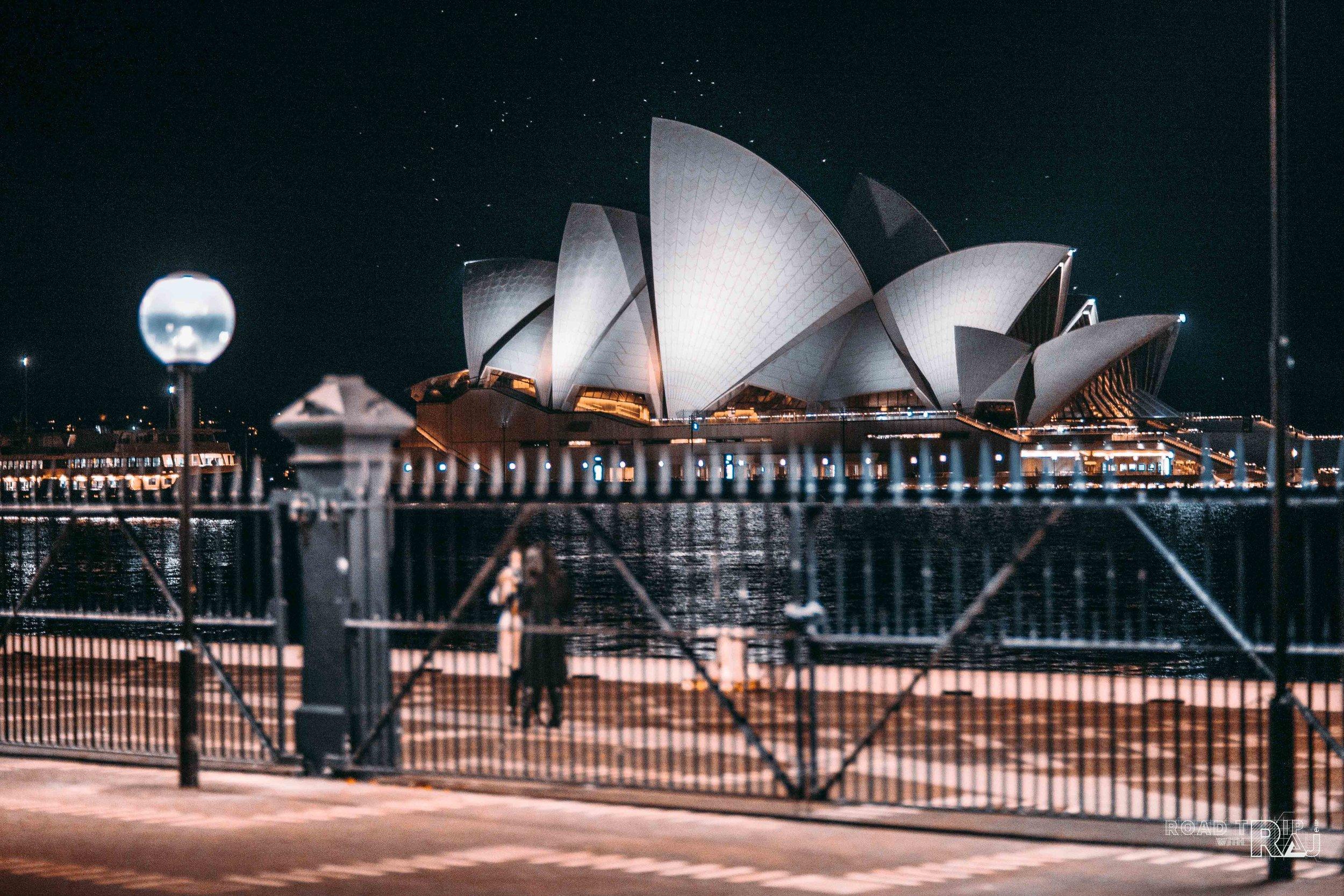 sydney-opera-house-circular-quay-at-night.jpg