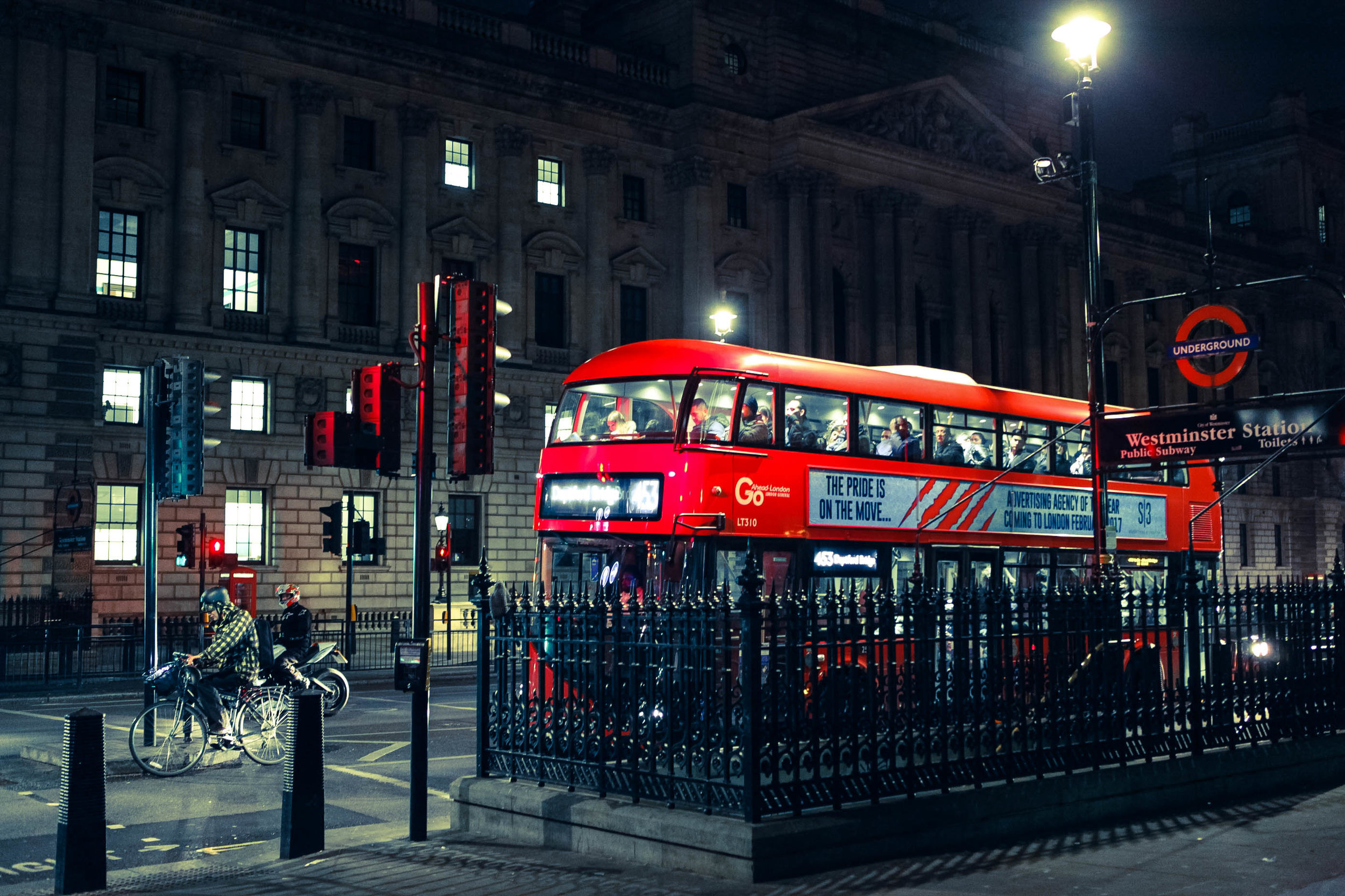 6 HOURS IN LONDON - AND HOW I OVERCOME THE FEAR OF UNKNOWN
