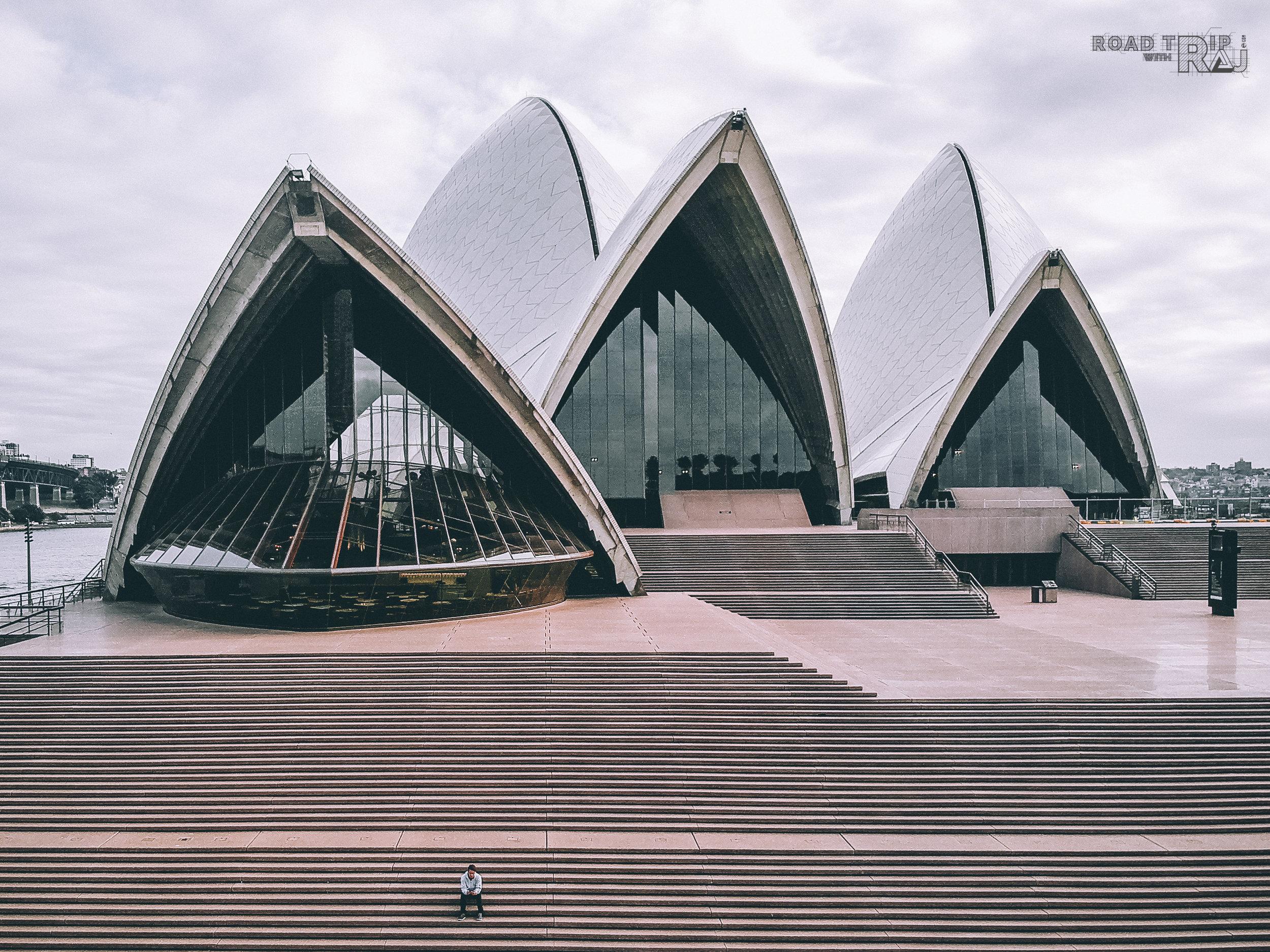 sit-alone-at-sydney-opera-house.jpg