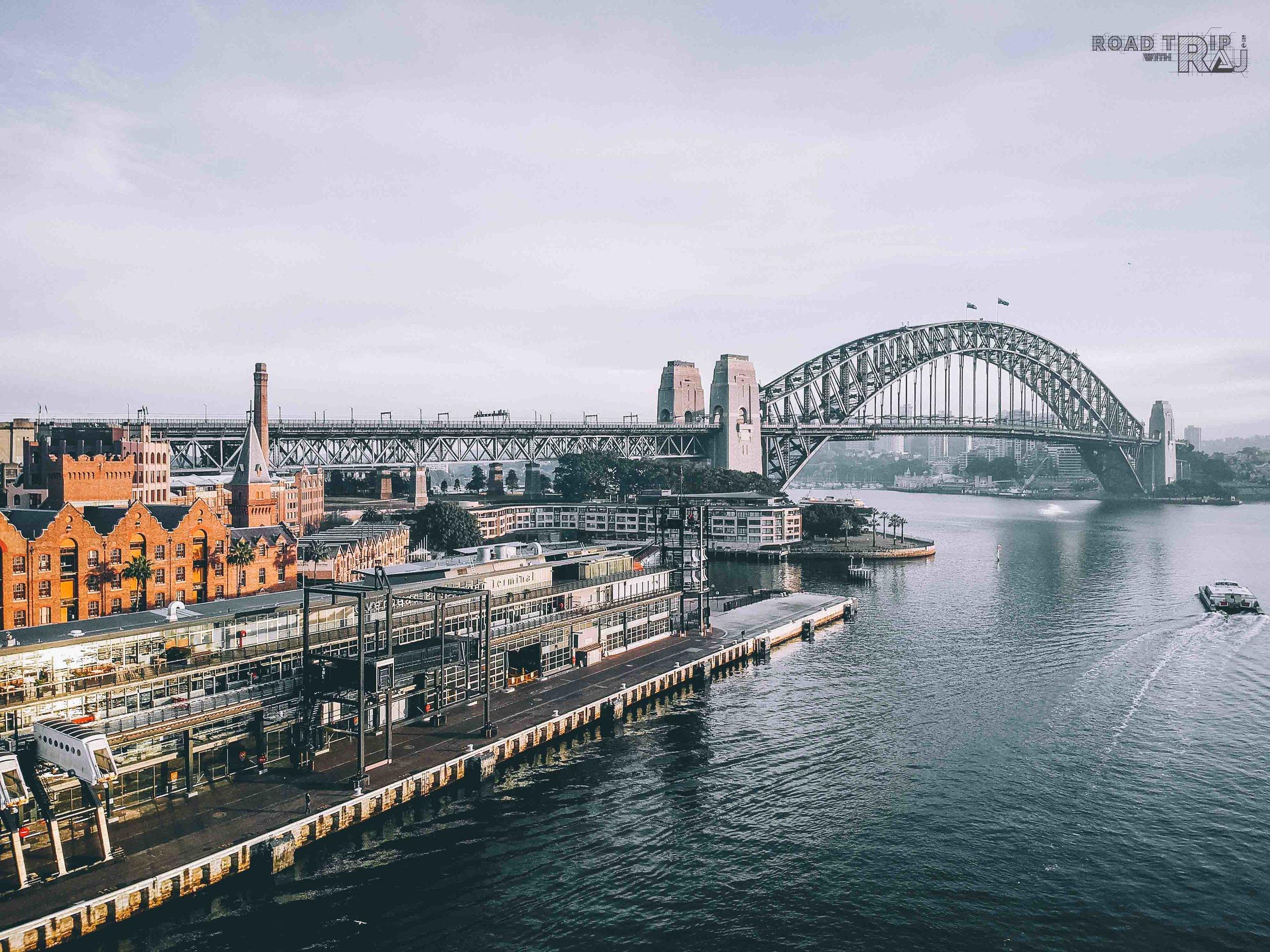 Sydney-bridge-the-city's-landmark.jpg