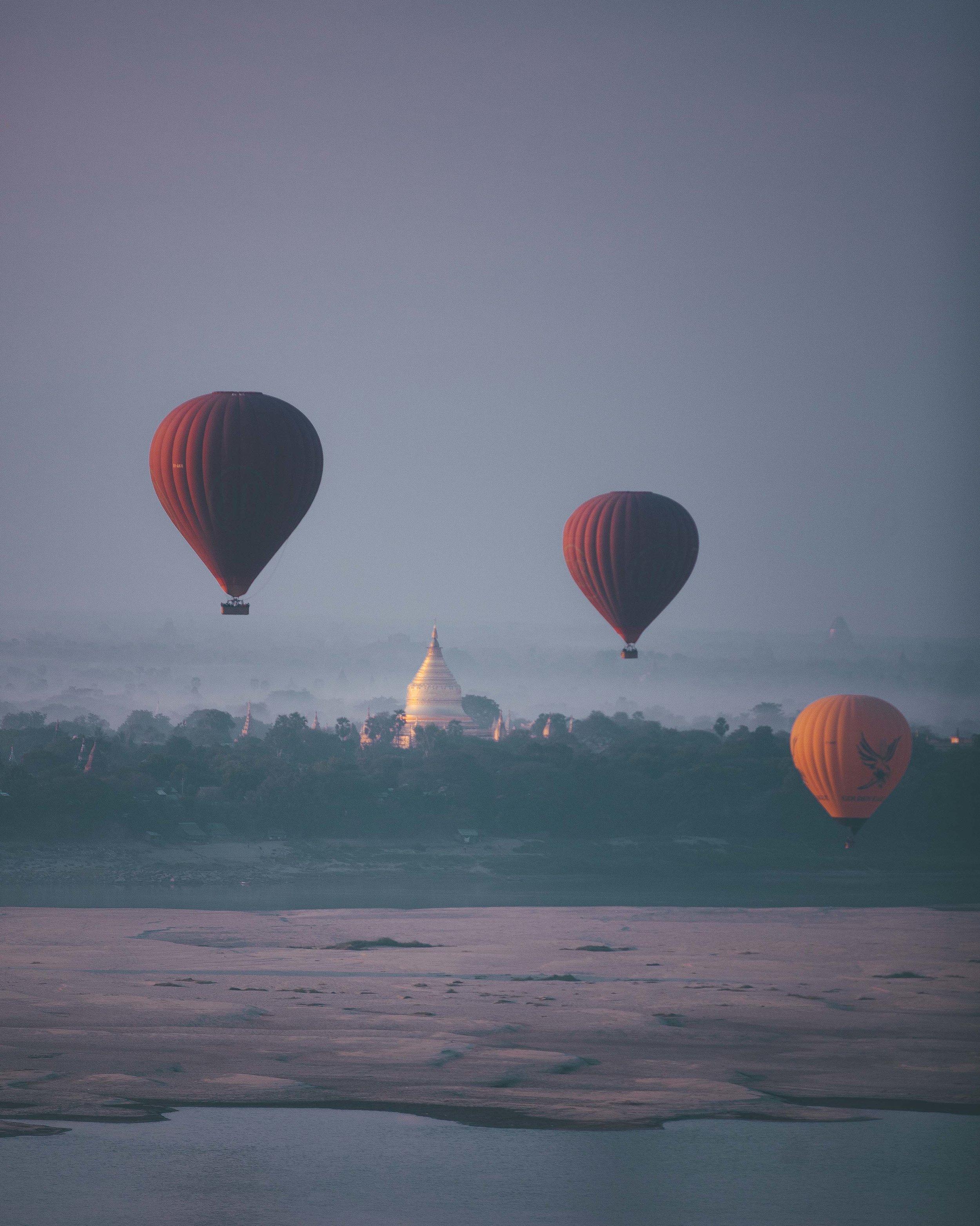 Balloon over pagoda in Bagan