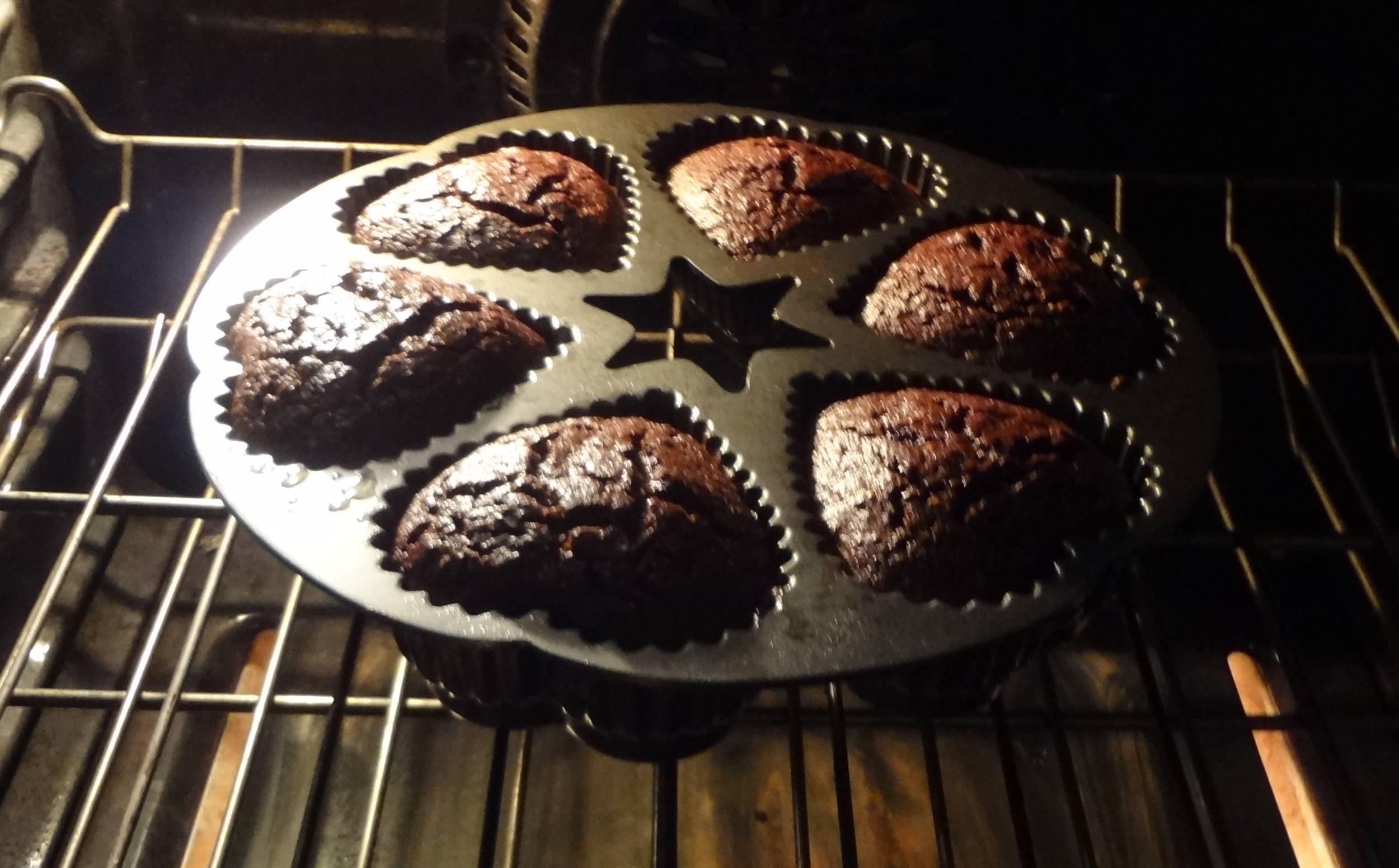 oven chocolate heart shaped cakes