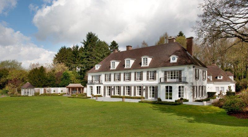 Les Sorbiers  -Rénovation et restructuration profonde d'une villa.