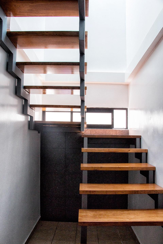Escaleras casa habitación