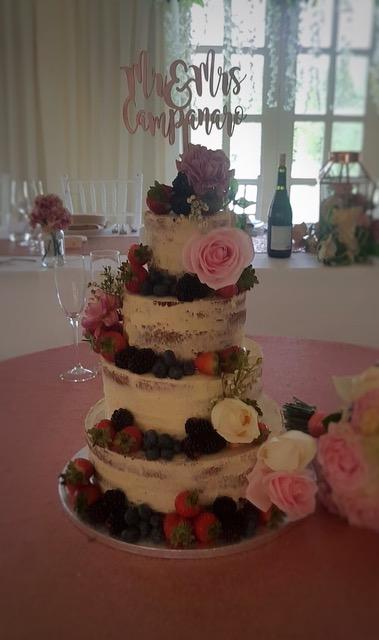 Wedding Bedfordshire 2018 Cake Trends