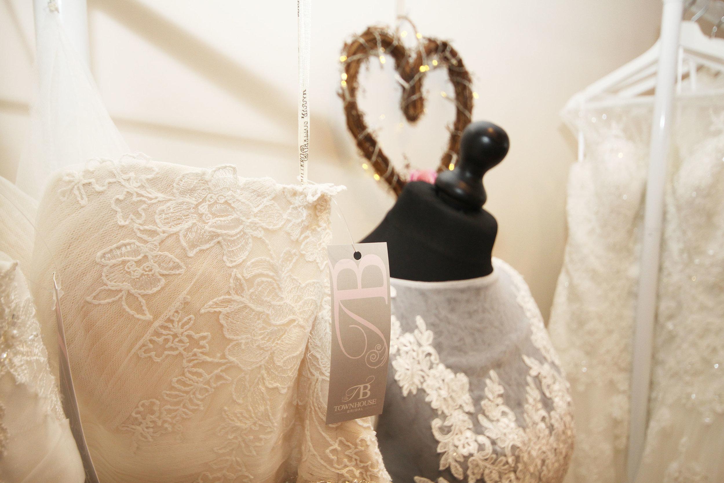 townhouse bridal wedding dress bedfordshire