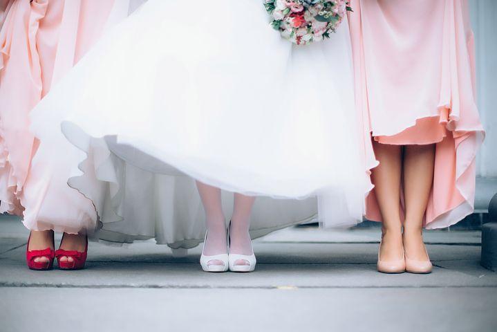 Bride_Bridesmaids_Wedding